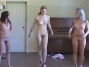 Girls dance nude
